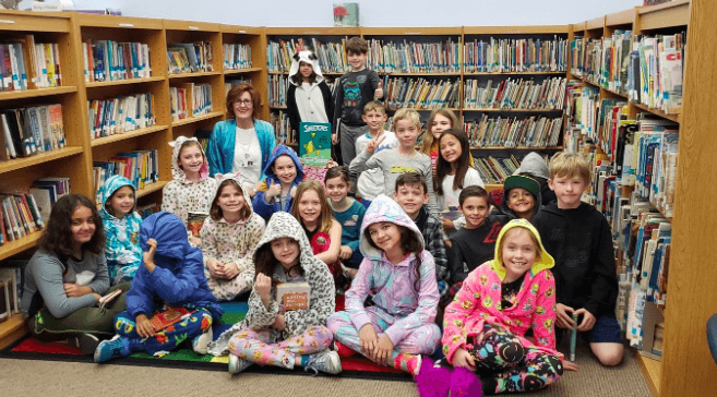 library photo of kids in pjs